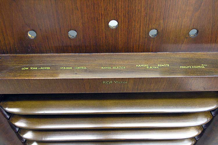Original radio cabinet decals cleaned