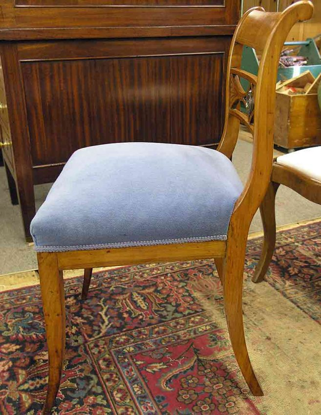Biedermeier chair after repairing the back leg
