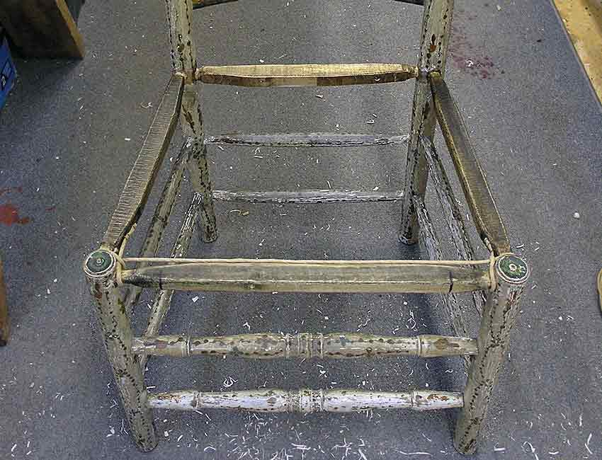 Chair with new seat rails
