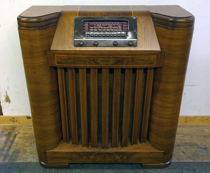 Philco radio after repair and refinishing