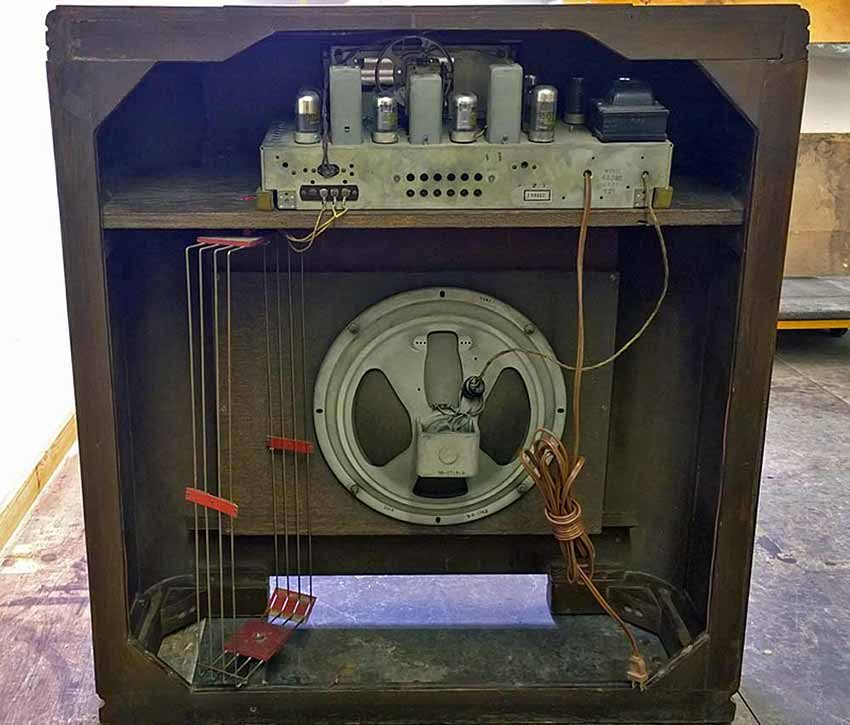 Philco radio chassis after restoration